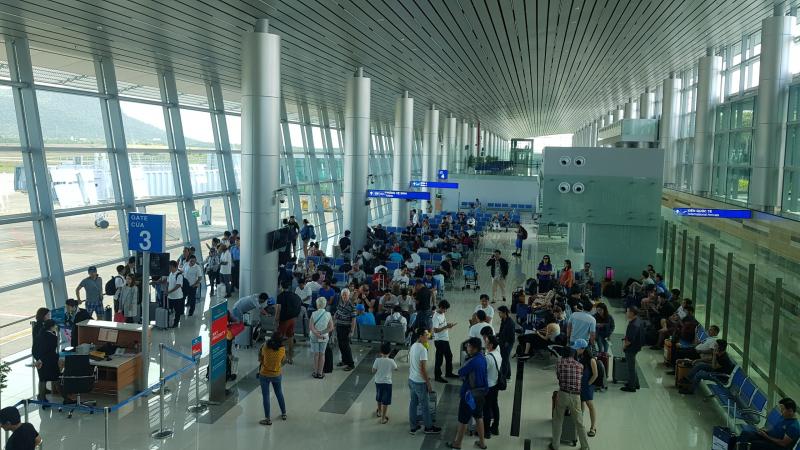 Khai thác nhà ga mái vòm thép 'siêu hiện đại' tại Phú Quốc