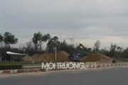Bất chấp 'lệnh cấm', bãi tập kết cát trái phép ngang nhiên hoạt động