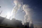 Các cuộc đàm phán về biến đổi khí hậu và cam kết cắt giảm khí thải