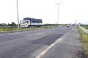 Chủ đầu tư lên tiếng về mặt đường dẫn cầu Vàm Cống bị rạn nứt