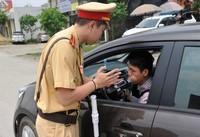 Để tránh bị phạt nặng dịp Tết tài xế ô tô nên đi như thế nào?