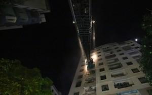 Hà Nội: Cháy nhà chung cư Vinaconex, người dân hốt hoảng tháo chạy