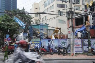 Đà Nẵng: Tạm dừng thi công khách sạn 18 tầng do sập cần cẩu