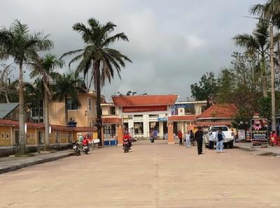 Côn đồ đập phá bệnh viện, đánh bác sĩ trước ngày Thầy thuốc Việt Nam