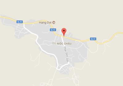 Xe du lịch 12 chỗ gặp nạn ở Mộc Châu, 4 người thương vong