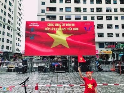 Rộn ràng không khí cổ vũ U23 Việt Nam trước trận bán kết lịch sử