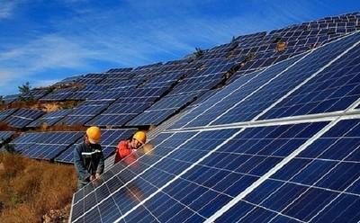 Thừa nguồn năng lượng tái tạo, bắt buộc phải cắt giảm