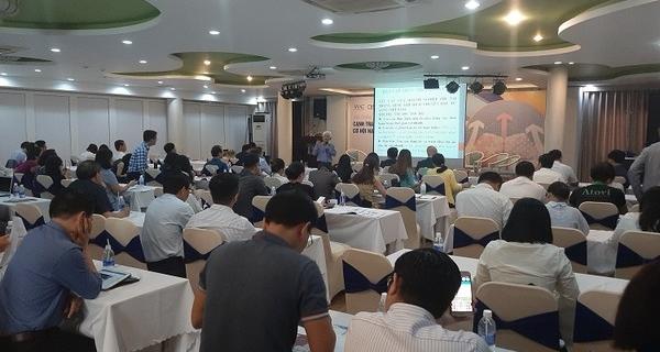 """Hội thảo """"Cạnh tranh thương mại Mỹ - Trung"""